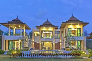 Premium 3-Bedroom Villa with Private Pool Night View