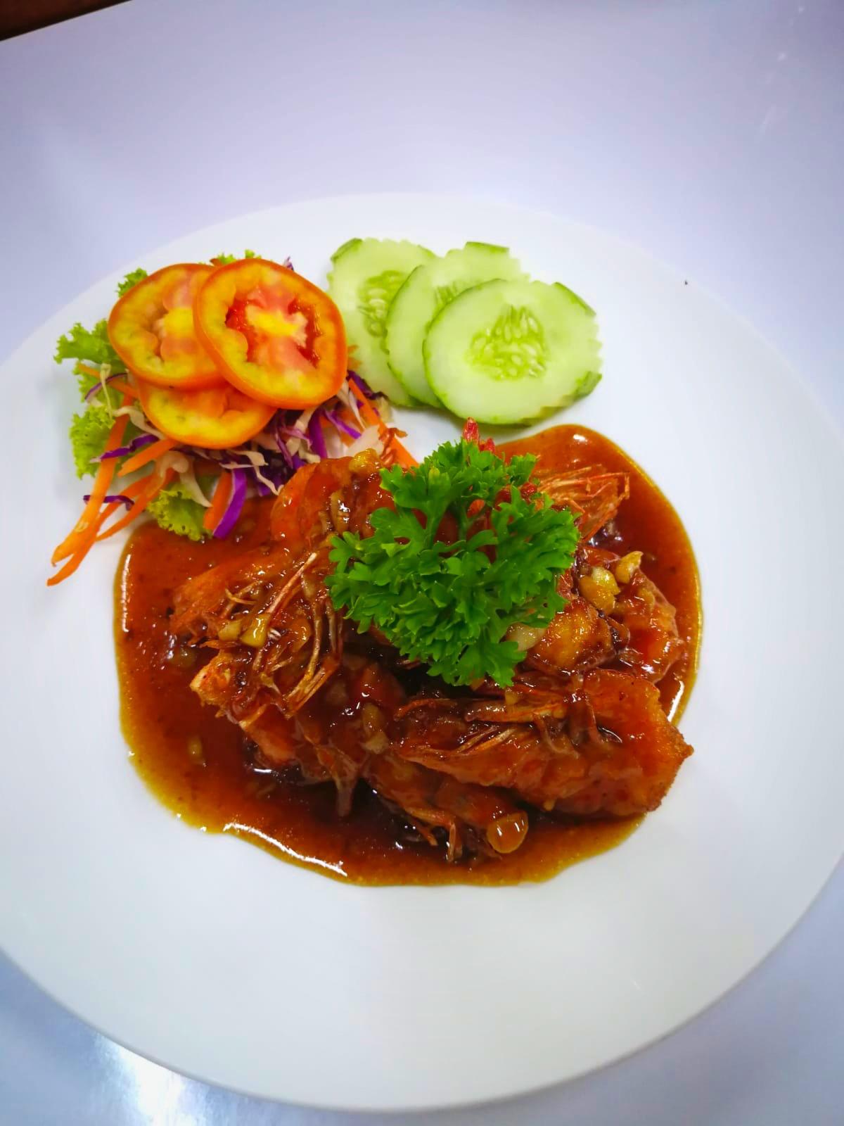 Deep fried shrimps with Tamarind sauce